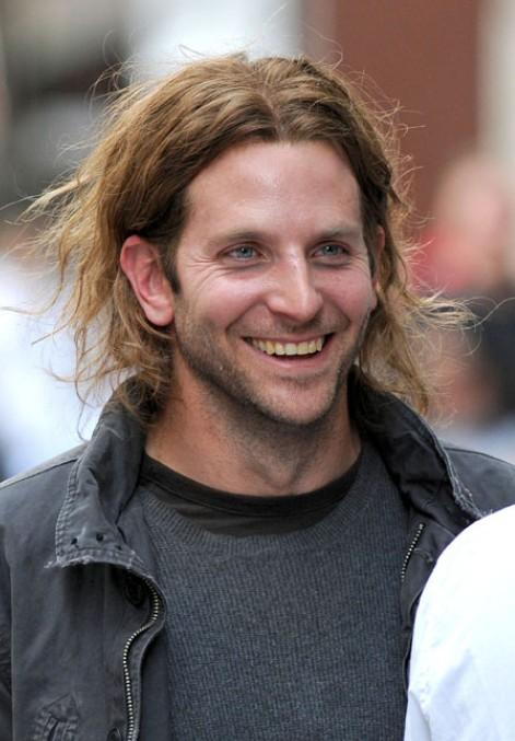 Bradley-Cooper-Long-Hairstyles-for-Men